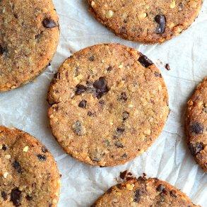 Cookies med nødder og kakaonibs