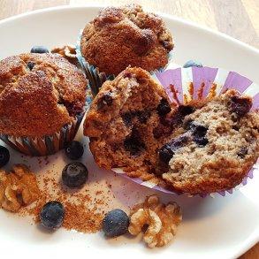 Mandel blåbær muffins med valnødder